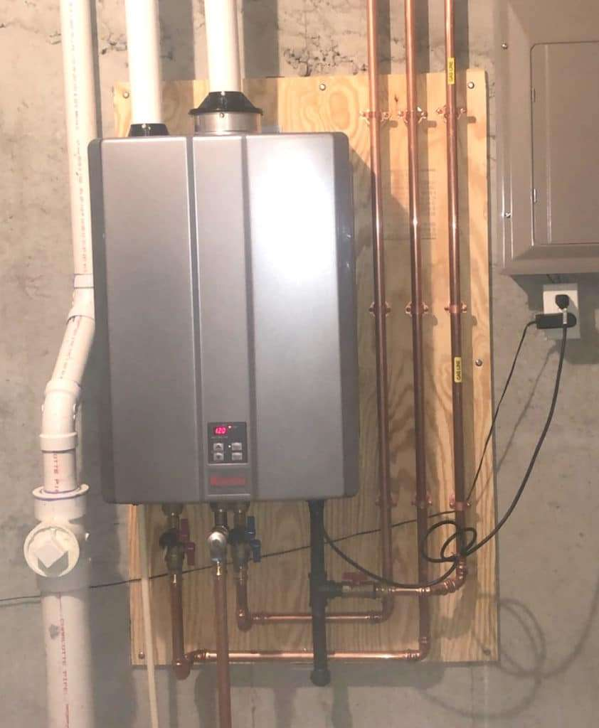 Tankless Water Heater in St. Charles Home